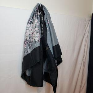 Leonardi vintage black and grey floral scarf 30in